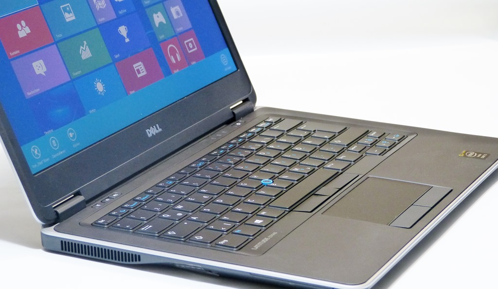 Bàn phím và TouchpadDell Latitude E7440